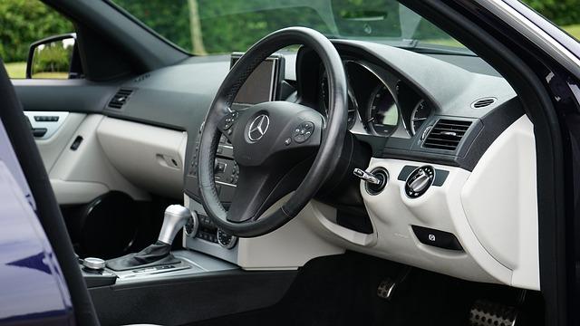 moderní interiér vozu