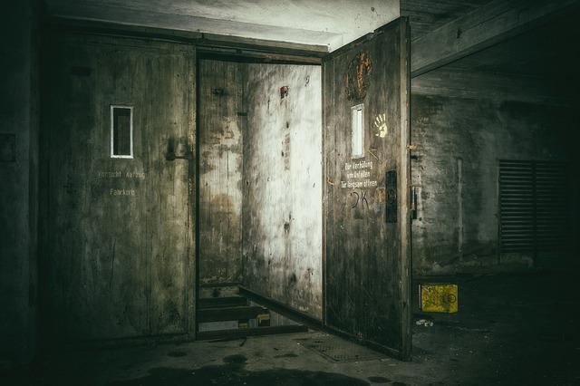 temná místnost