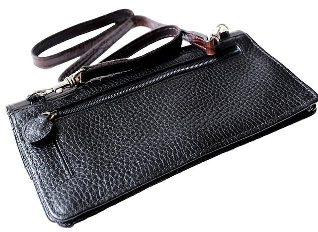 černá kabelka.jpg