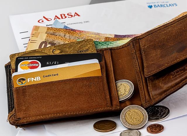 peněženka na obálce.jpg