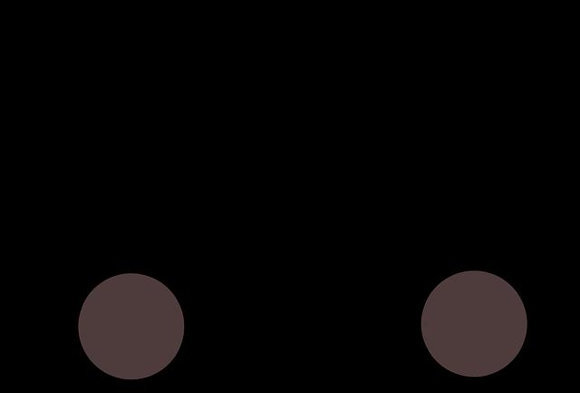 černé nákladní auto