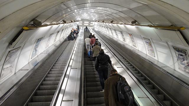 pražské metro.jpg